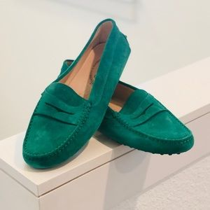 """Tod's - Women's """"Gommino"""" Green Loafers - 40"""